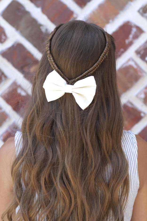 Cool and Easy DIY Hairstyles - Infinity Braid Tieback - Quick and Easy Ideas for Back to School Styles for Medium, Short and Long Hair - Fun Tips and Best Step by Step Tutorials for Teens, Prom, Weddings, Special Occasions and Work. Up dos, Braids, Top Knots and Buns, Super Summer Looks http://diyprojectsforteens.com/diy-cool-easy-hairstyles