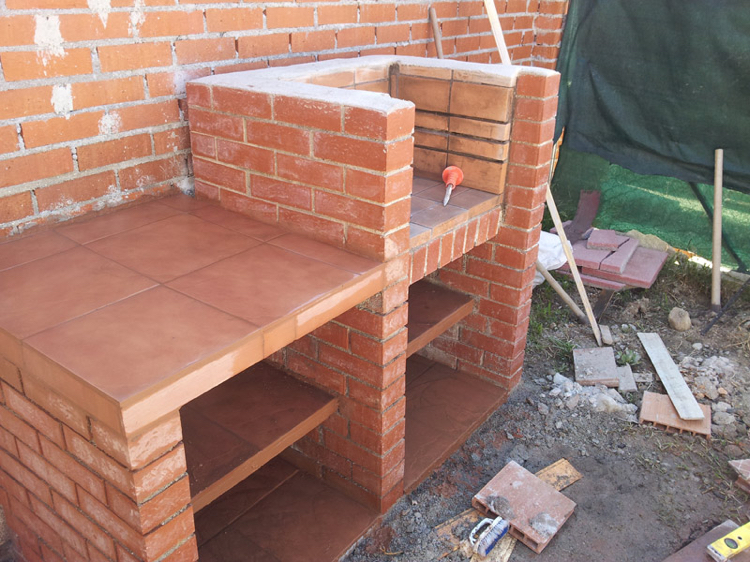barbecue place garden build instruction brick clinker sill plate