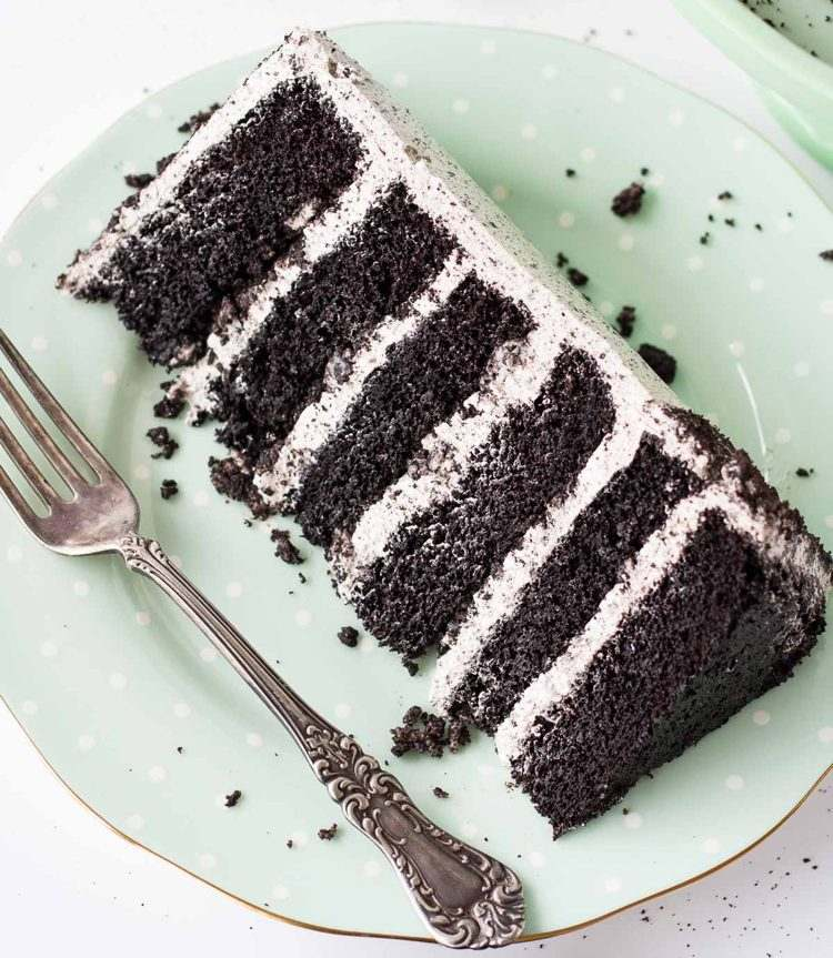 Oreo-cake-making-recipe-pie-cream-easy-e1493385802195