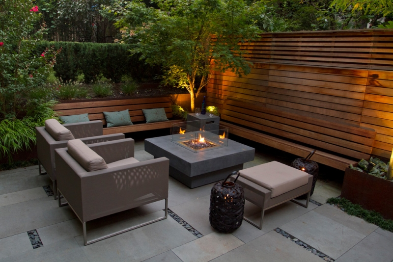 Seatings-in-garden-fireplace-furniture-wood fence
