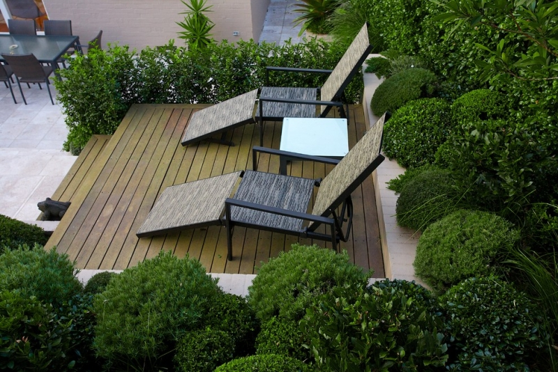 Seatings-in-garden sunbed boxwood wooden terrace