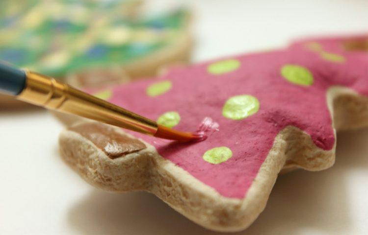 salt dough-ideas-brush Paint watercolor-fir-inspiration-e1500454826822