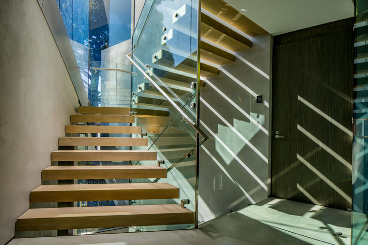 facade-glass-concrete-glass wall-stair-glass railing