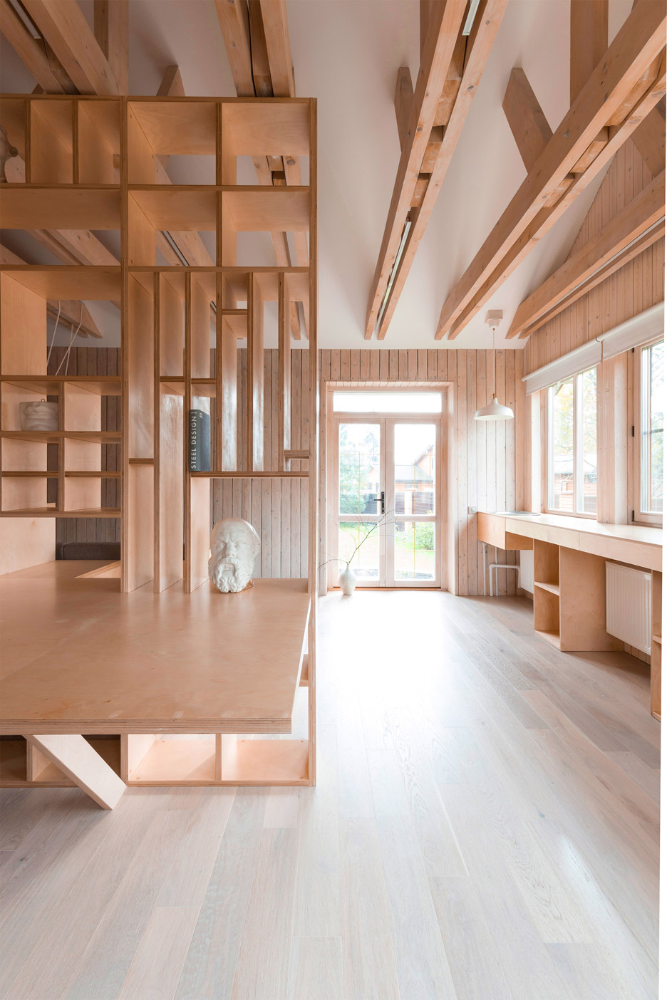 Plywood Artist S Studio By Ruetemple Combines Areas For