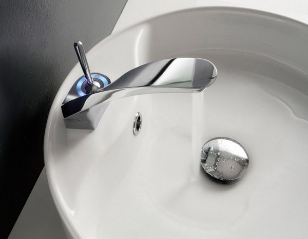 faucet led no batteries