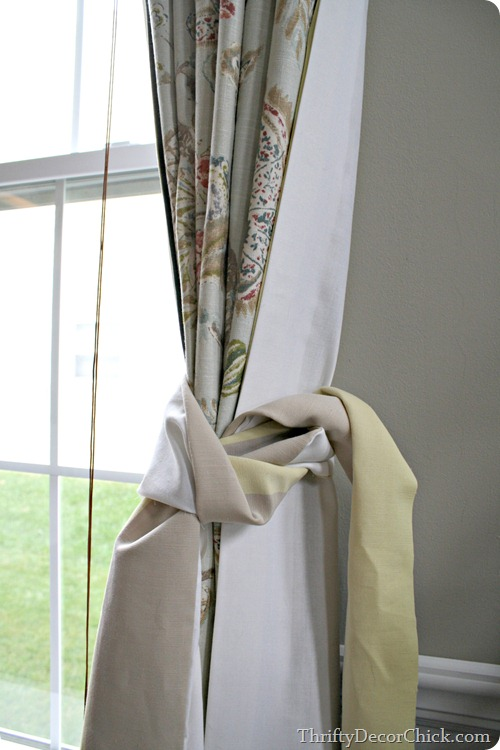 training drapes pleats