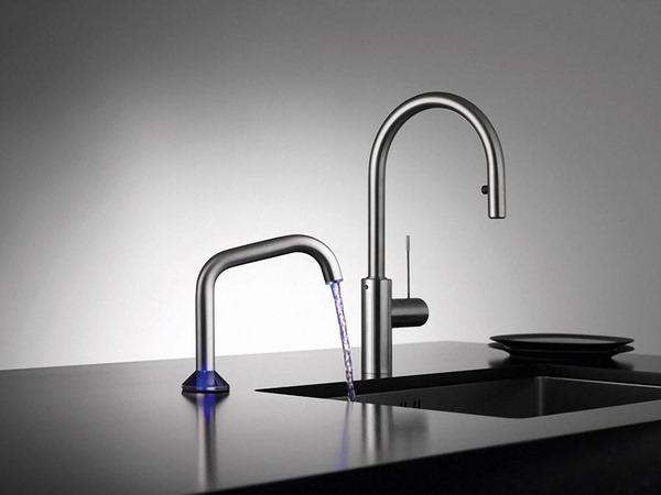 modern-bathroom-faucet-with-stylish-design