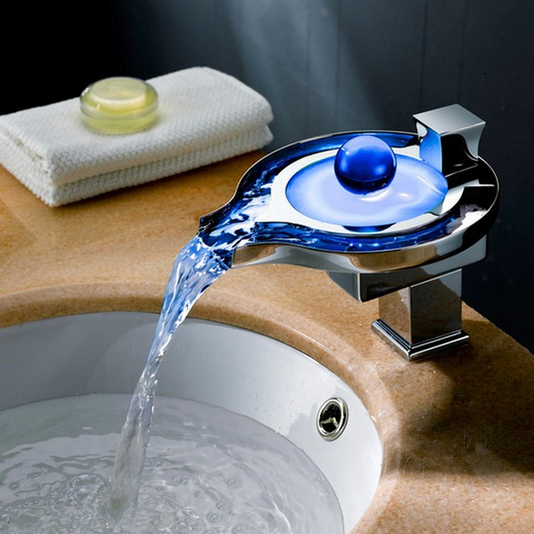 modern bathroom faucets  faucets with led light. Faucets With LED Technology   Decor10 Blog
