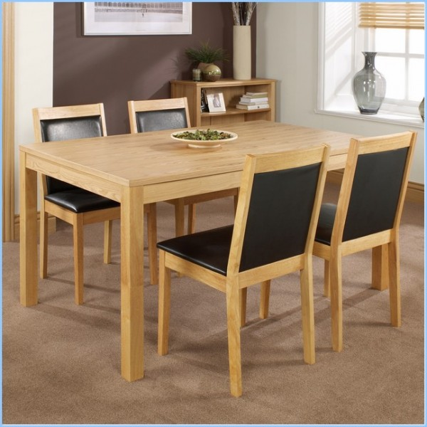 : Oak Rectangular Dining Table With Black Color