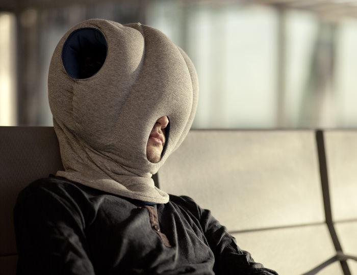 ostrich pillow les coussins de sieste par le studio banana things decor10 blog. Black Bedroom Furniture Sets. Home Design Ideas