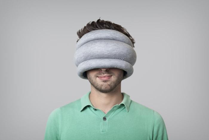 Ostrich Pillow reversible les coussins de sieste par le Studio Banana Things