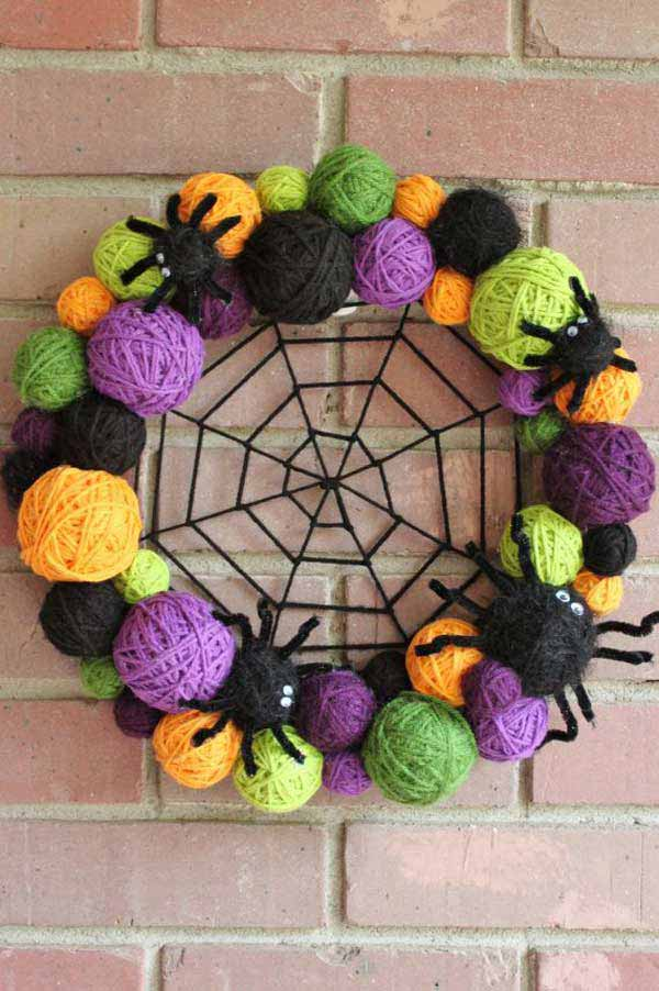 Spooky-Halloween-Wreath-10