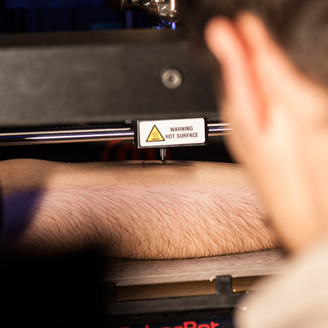 Tatoue 3D printing tattoo machine by Appropriate Audiences