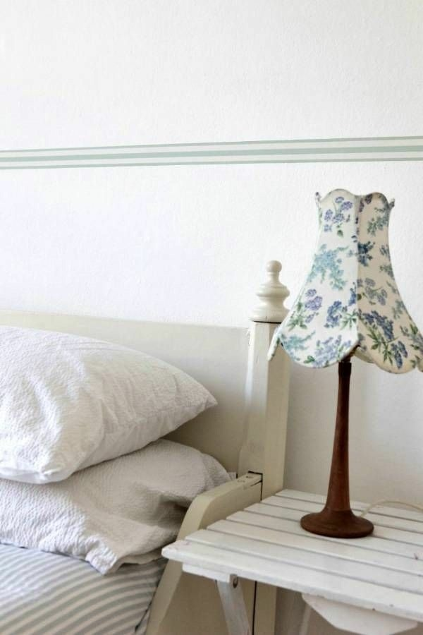 wall wallpaper pattern and image edge theme bedside lamp