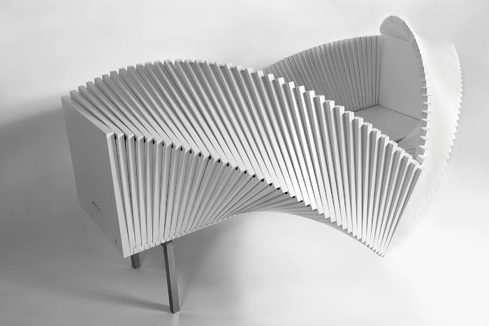 Wave cabinet par Sebastian Errazuriz maître des sculptures fonctionnelles