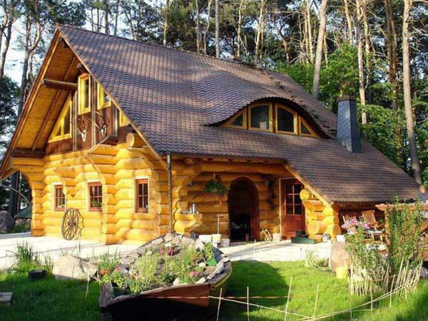 wood-cabin-3